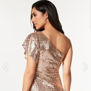 JustFab Dresses - NWT JustFab gold sequin dress